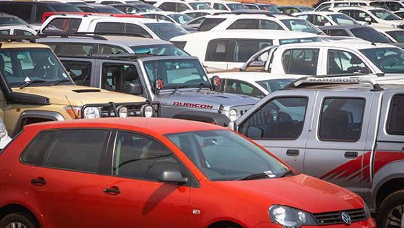 Indian automobile manufacturers shut manufacturing plants