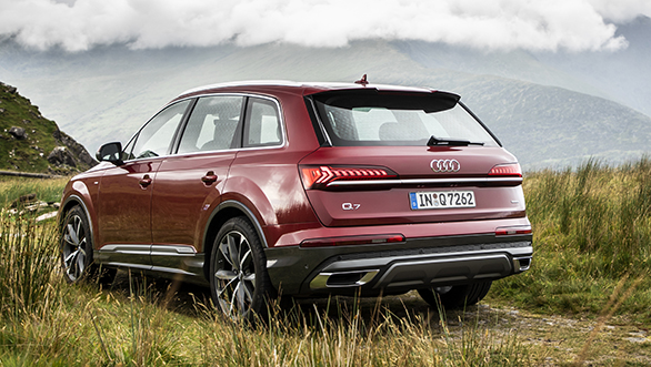 2020 Audi Q7 S Line 55 Tfsi Quattro First Drive Review Overdrive