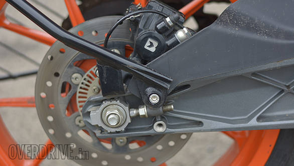 KTM RC 125 Road Test OVERDRIVE