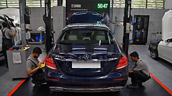 Mercedes-Benz service: Luxury is effortless - Overdrive