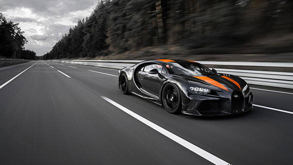 Bugatti Chiron hits 490km/h, first hypercar to pass 300mph