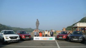 Hyundai Venue SUVs set out on the third Great India Drive
