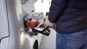 Fuel price hike: Petrol prices reach Rs 91.56/litre in Mumbai, new all-time high