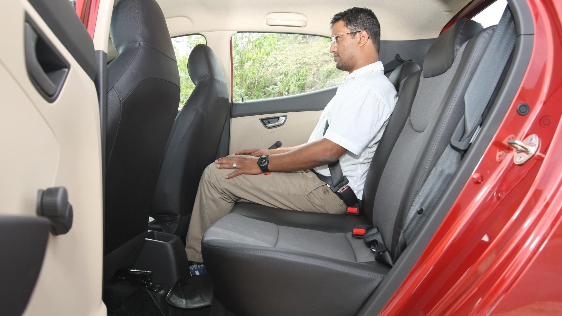 Hyundai-Eon-2013-Sportz-Interior