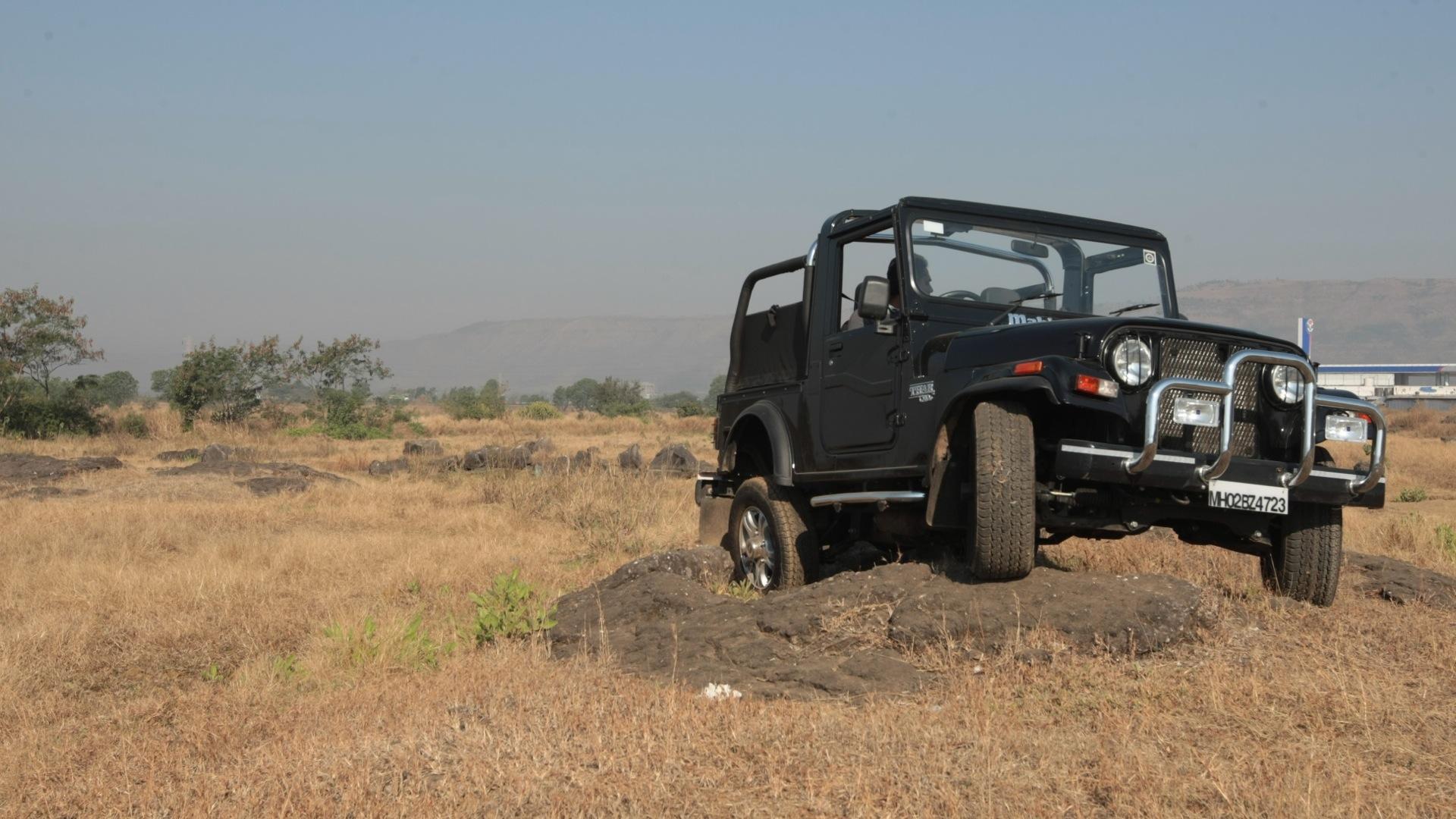 Mahindra-Thar-2013-CRDe--4x4-Exterior