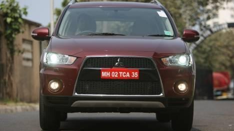 Mitsubishi-Outlander-2013-STD-Exterior