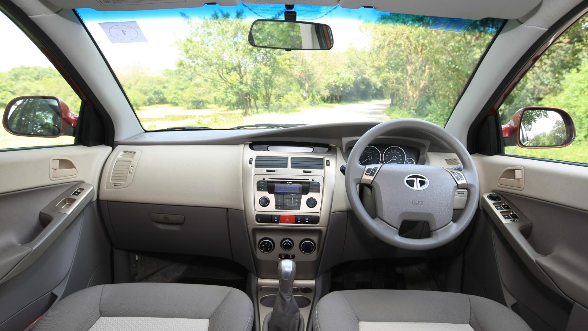 Tata-Manza-2013-Aqua-Quadrajet-Interior