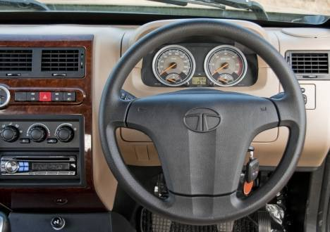 Tata-Sumo-Grande-2013-EX-Interior