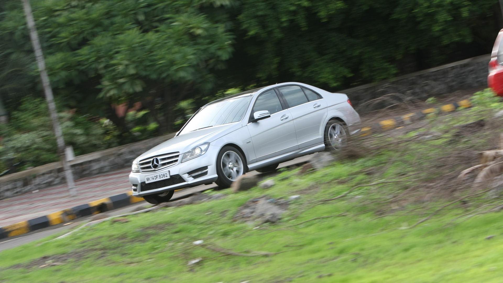MercedesBenz-C class-2012-C250-AMG-Exterior