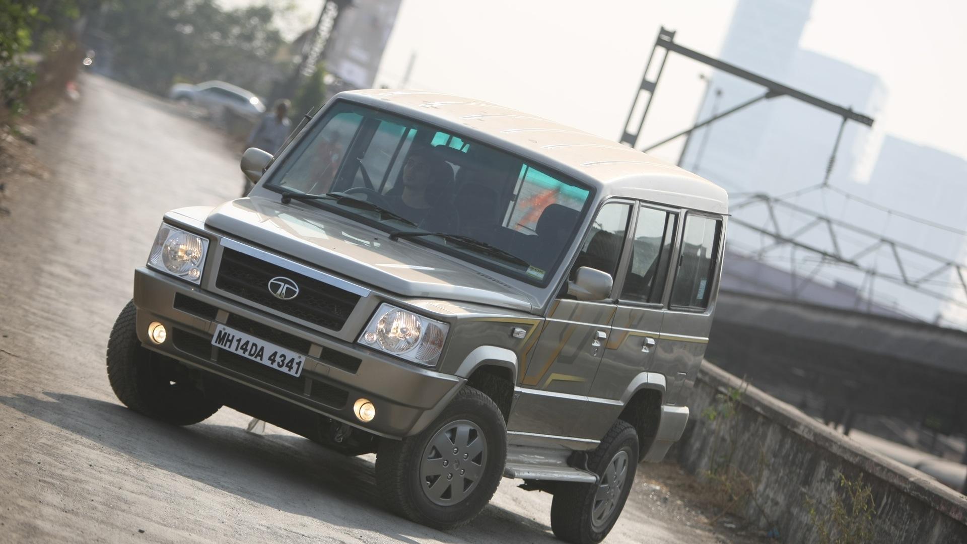 Tata-Sumo-Gold-2012-GX-Exterior