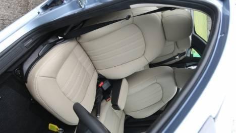 Fiat-Linea-2012-Multijet-Active-Interior