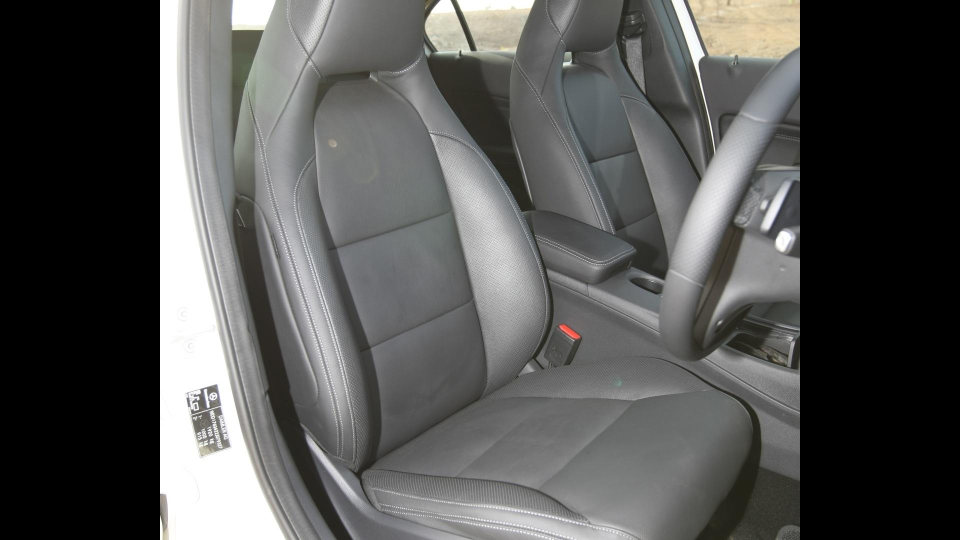 MercedesBenz-A180-sport-Interior