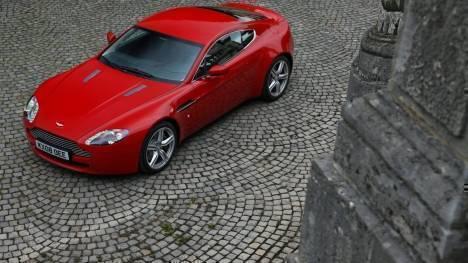 Aston Martin  Vantage S Exterior