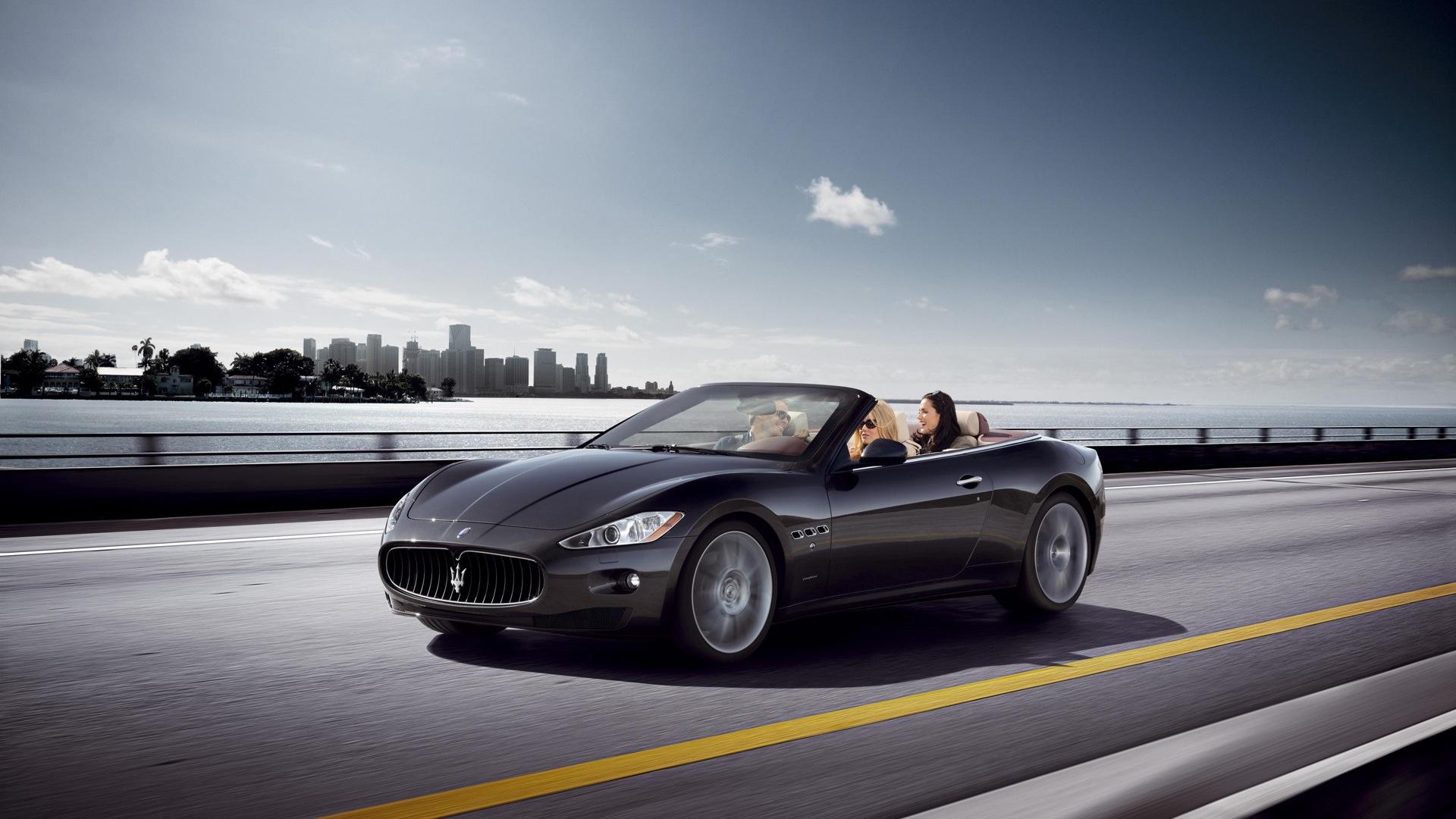 Maserati GranCabrio 2013 STD
