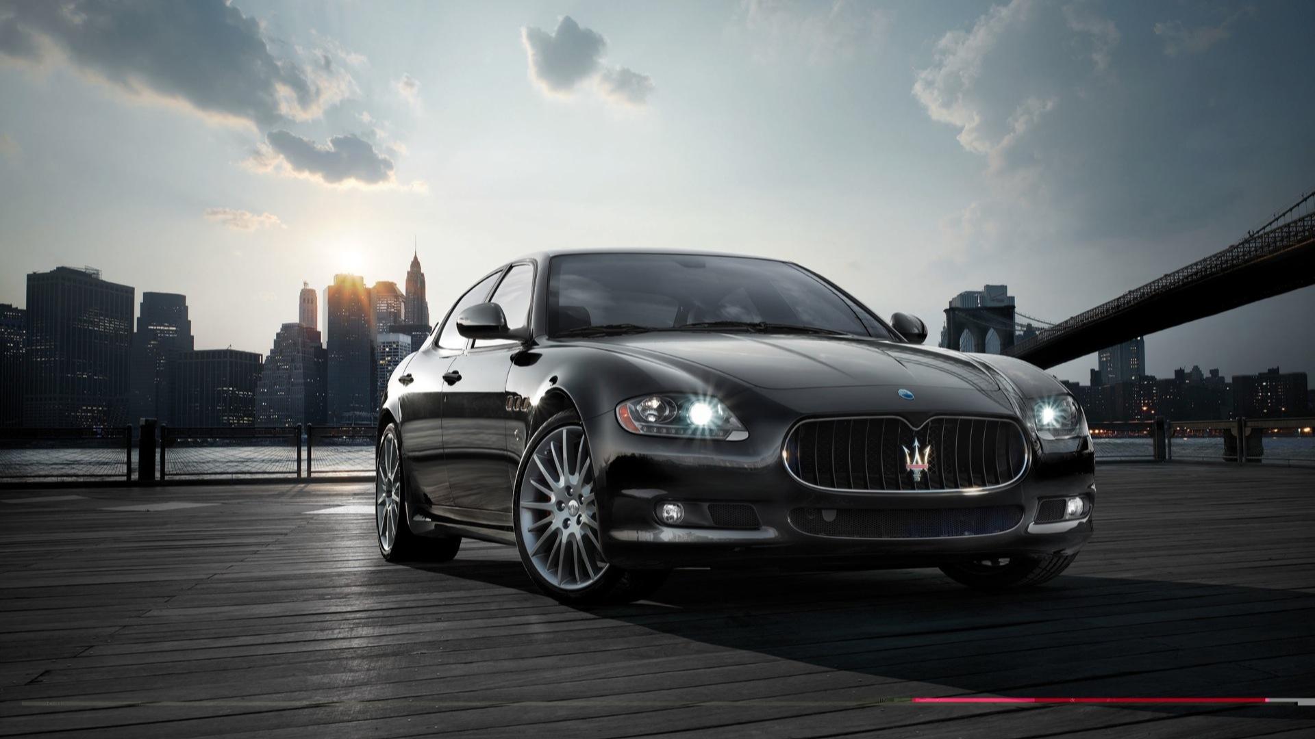 Maserati-quattroporte-2013-S-GTS Exterior