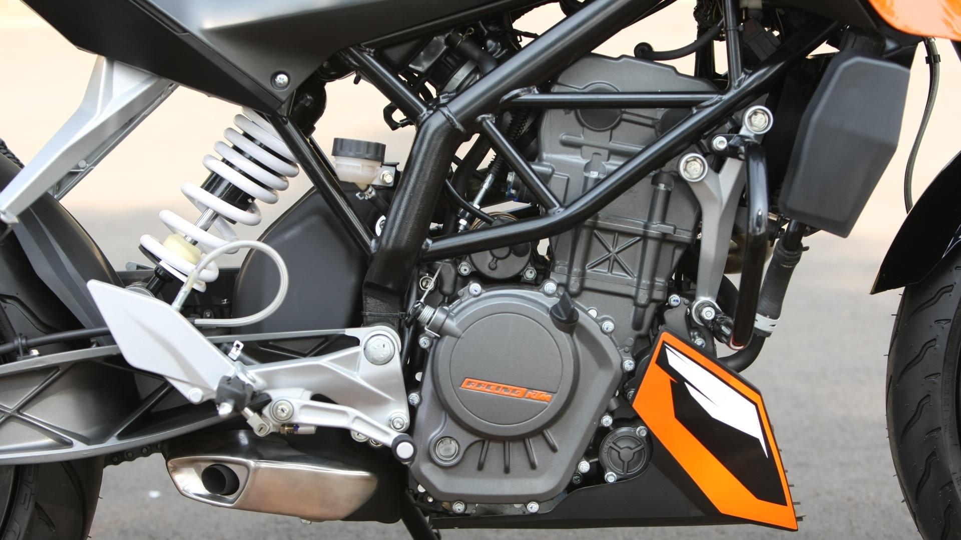 KTM 200 Duke 2013 STD Exterior