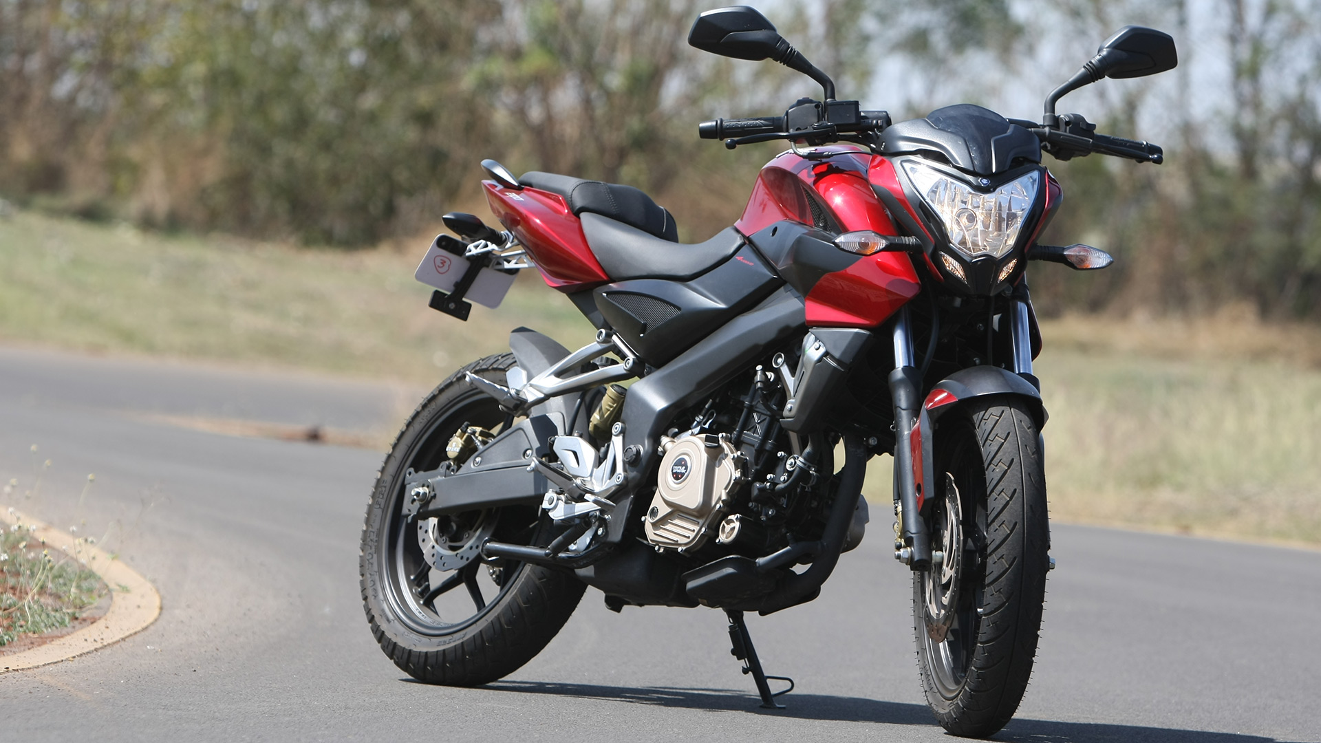 Bajaj Pulsar 200 NS 2013 STD Compare
