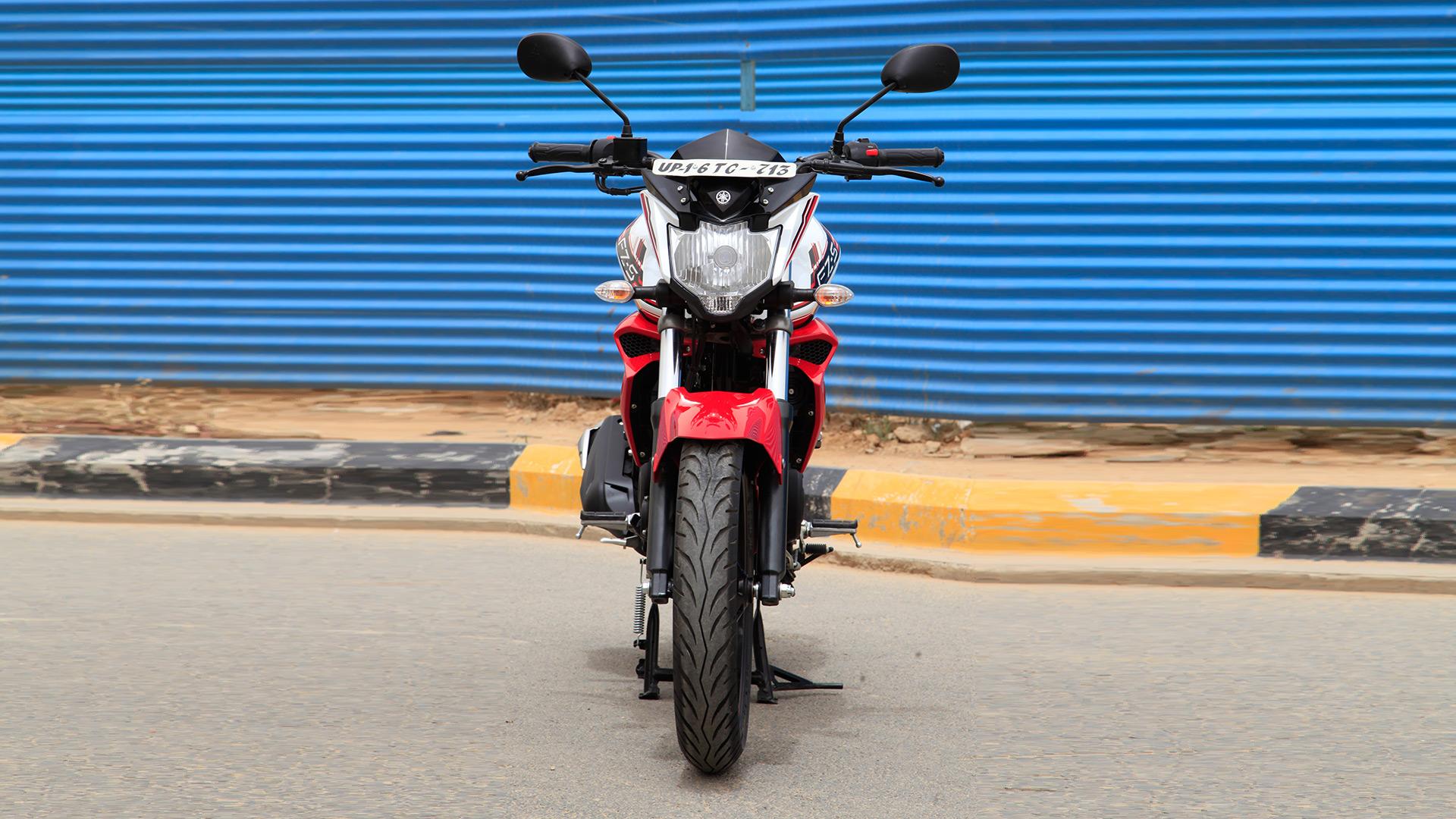Yamaha FZ 2014 S Version 2.0 Compare