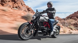 Ducati Diavel 2015 STD