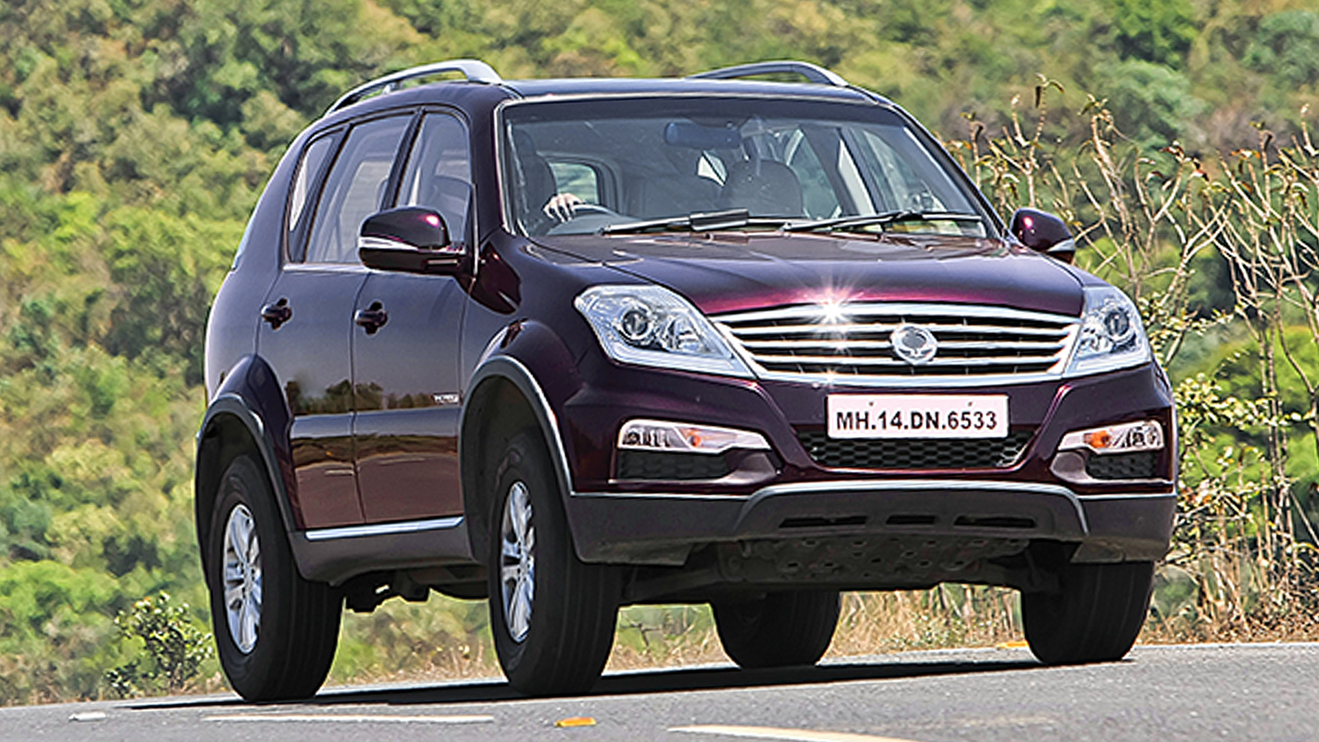 Ssangyong rexton 2014 RX5 Compare