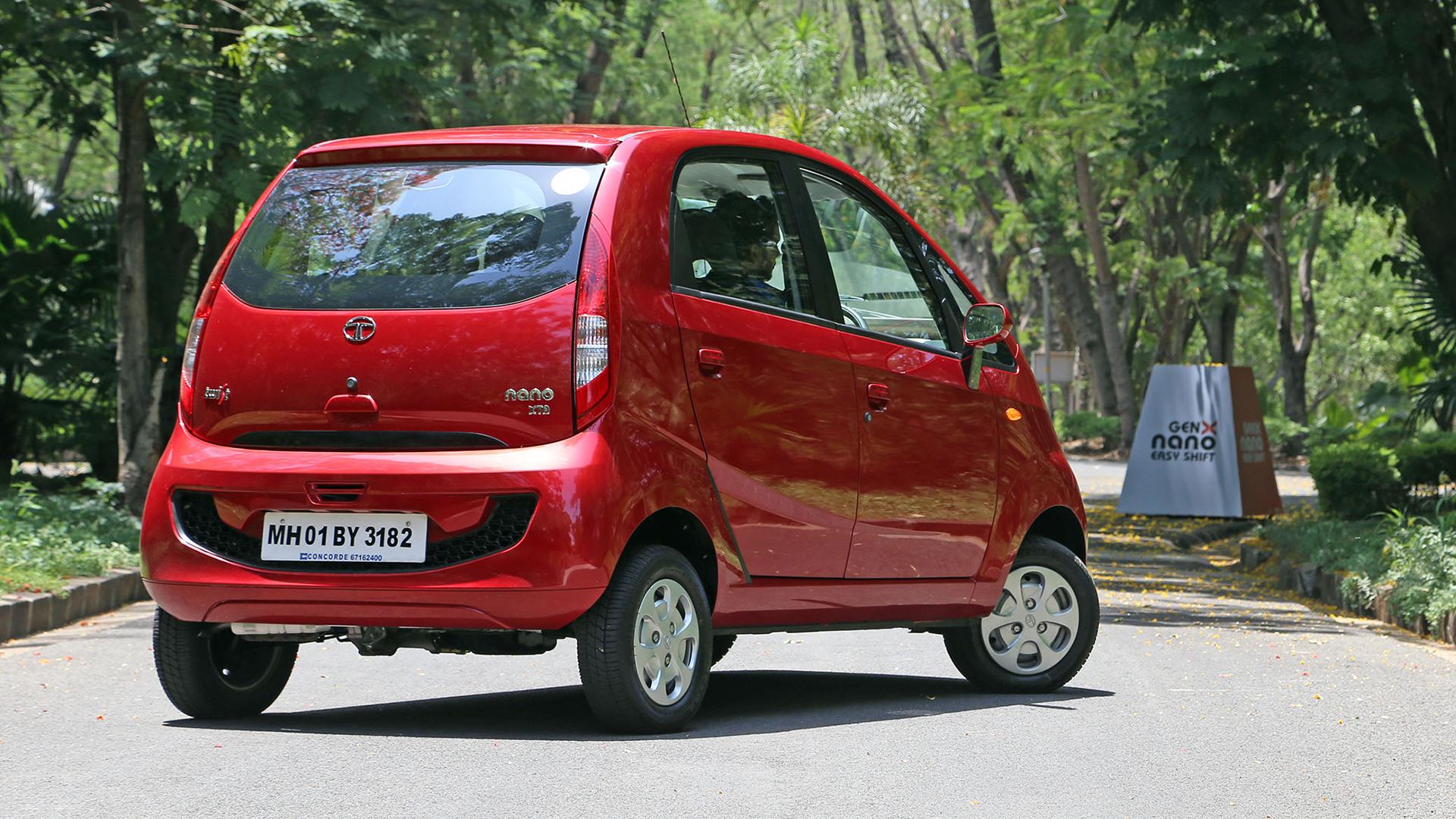 Tata Nano 2015 XE Compare