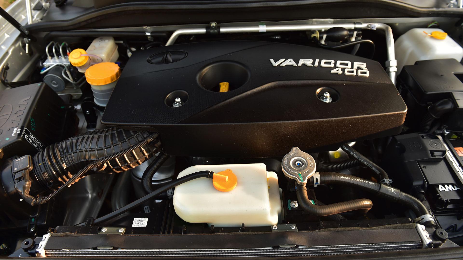 Tata Safari Storme 2016 VX BS4 4x4 Interior