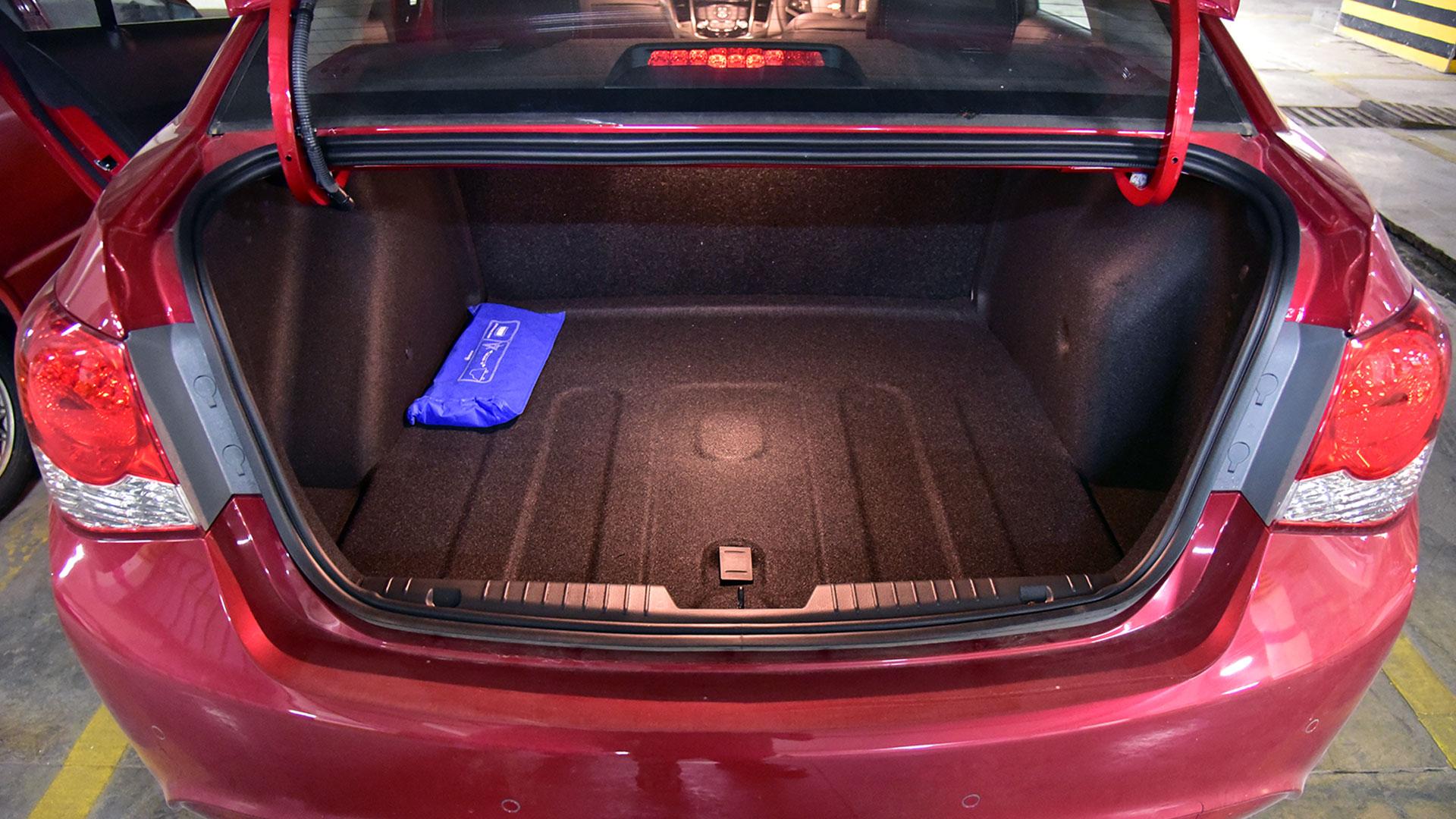 Chevrolet Cruze 2016 LTZ Compare