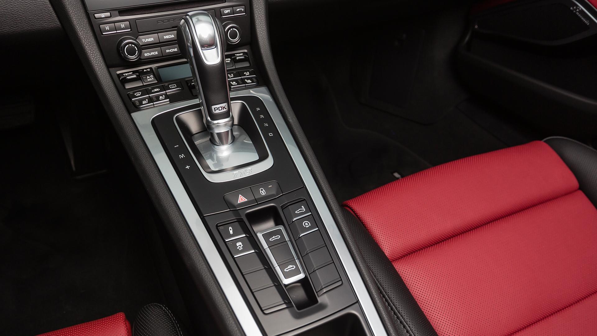 Porsche 718 2016 Boxster Interior