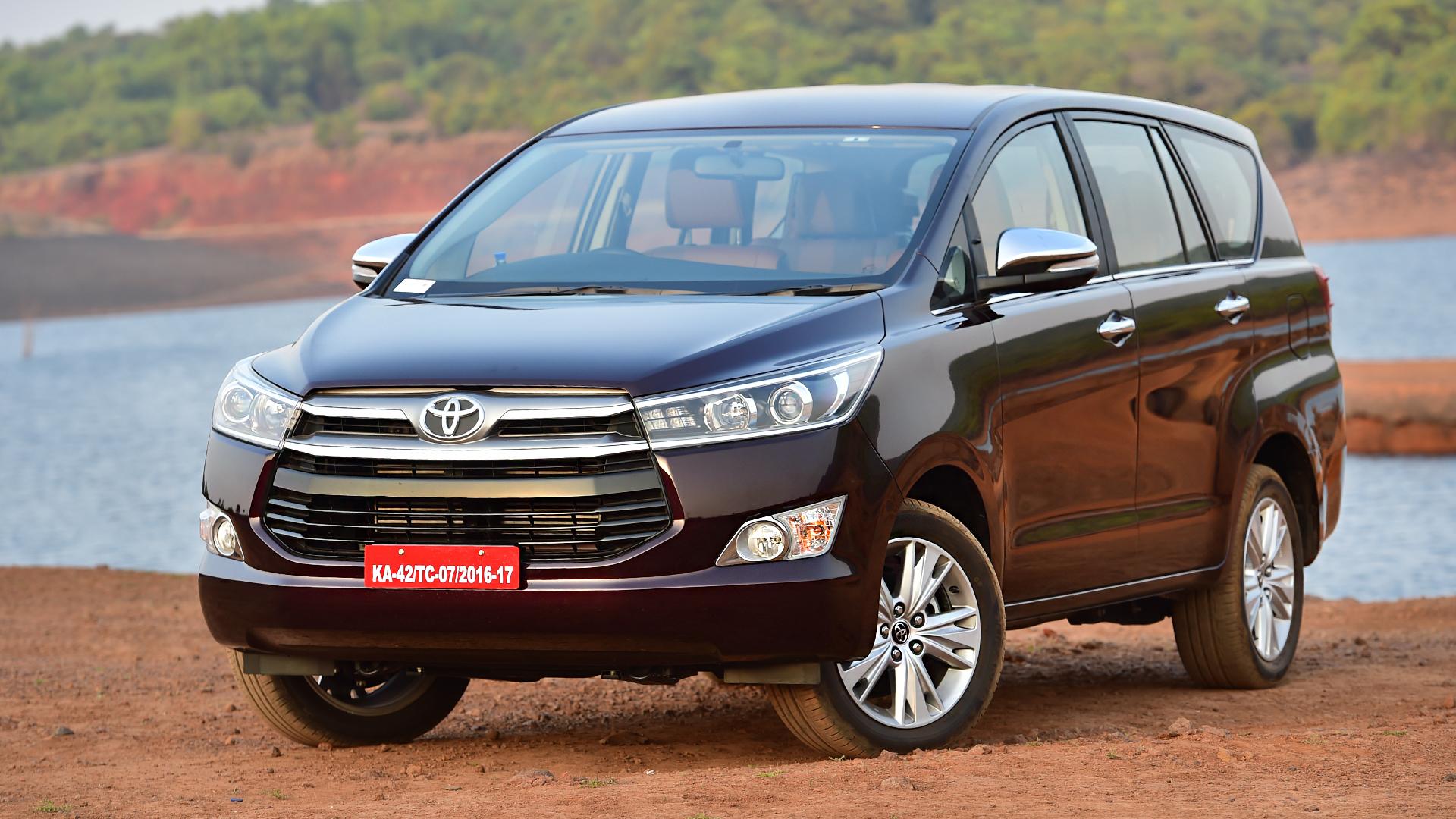 Toyota Innova Crysta 2016 STD
