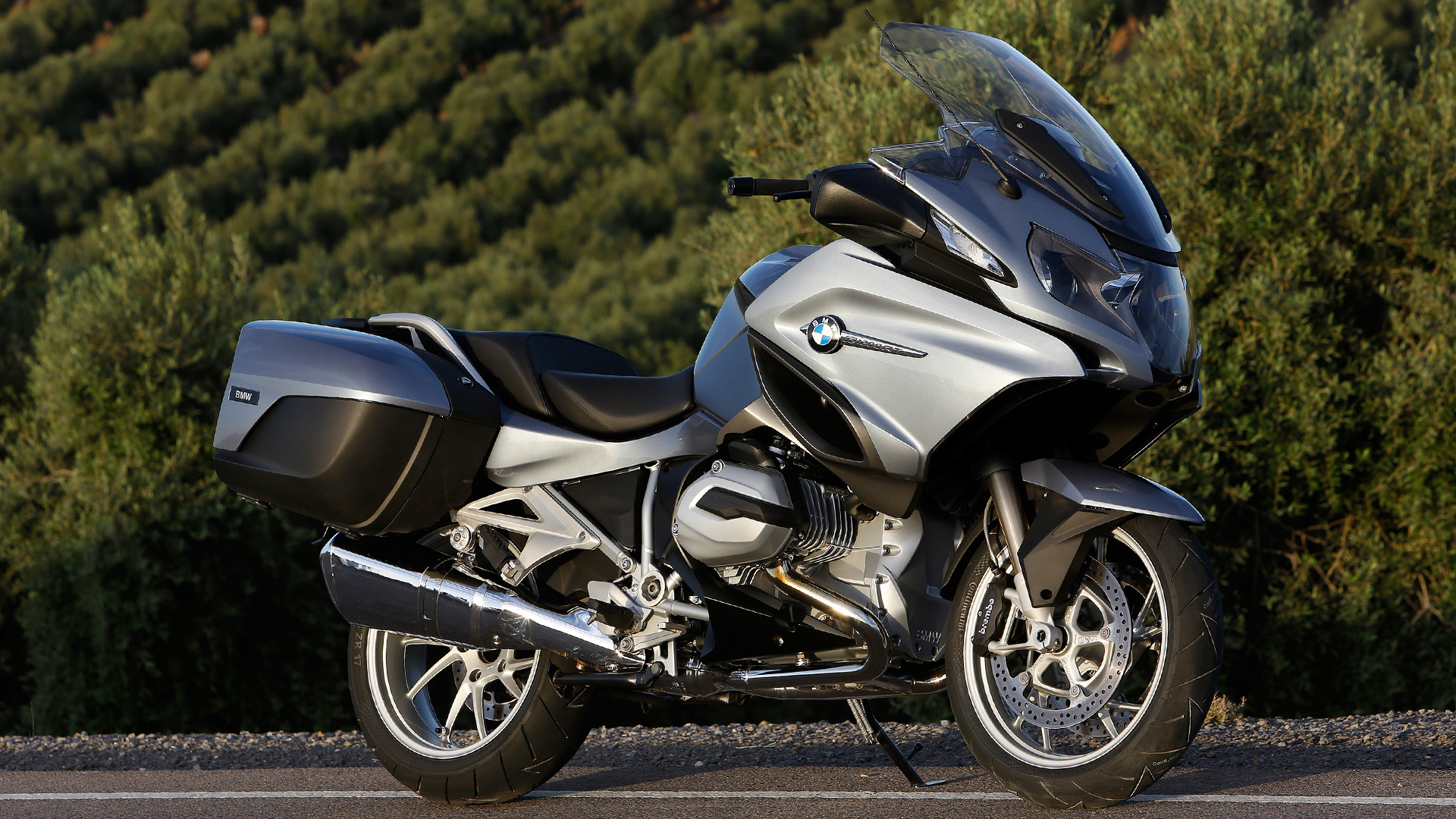 bmw r 1200 rt 2017 standard bike photos overdrive. Black Bedroom Furniture Sets. Home Design Ideas
