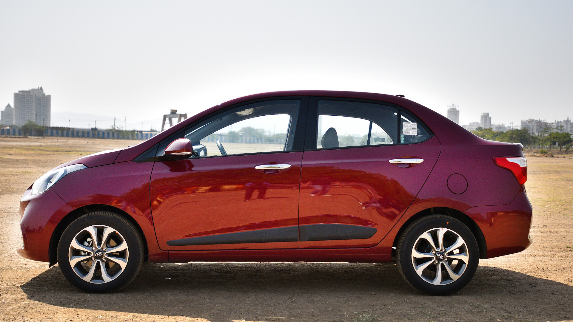 Hyundai Xcent 2017 S Diesel Price Mileage Reviews Specification