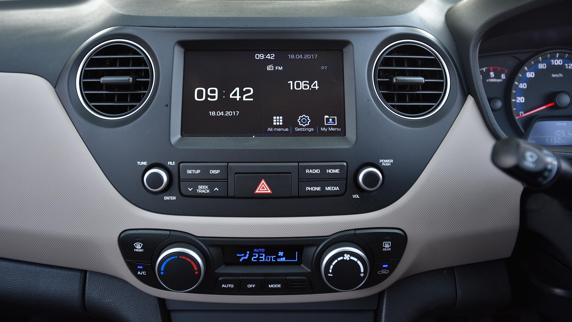 Hyundai xcent 2017 E Petrol Interior
