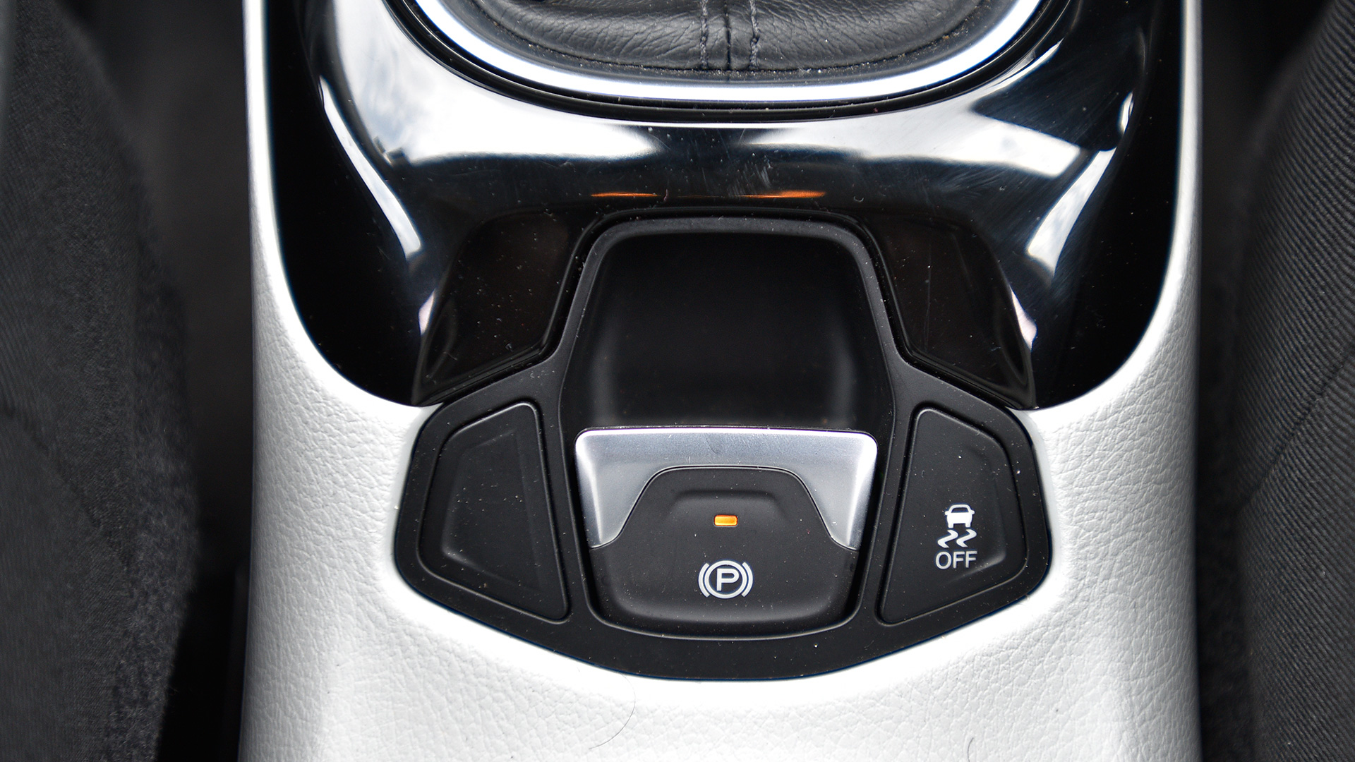 Jeep Compass 2017 Limited Diesel 4x4 Interior