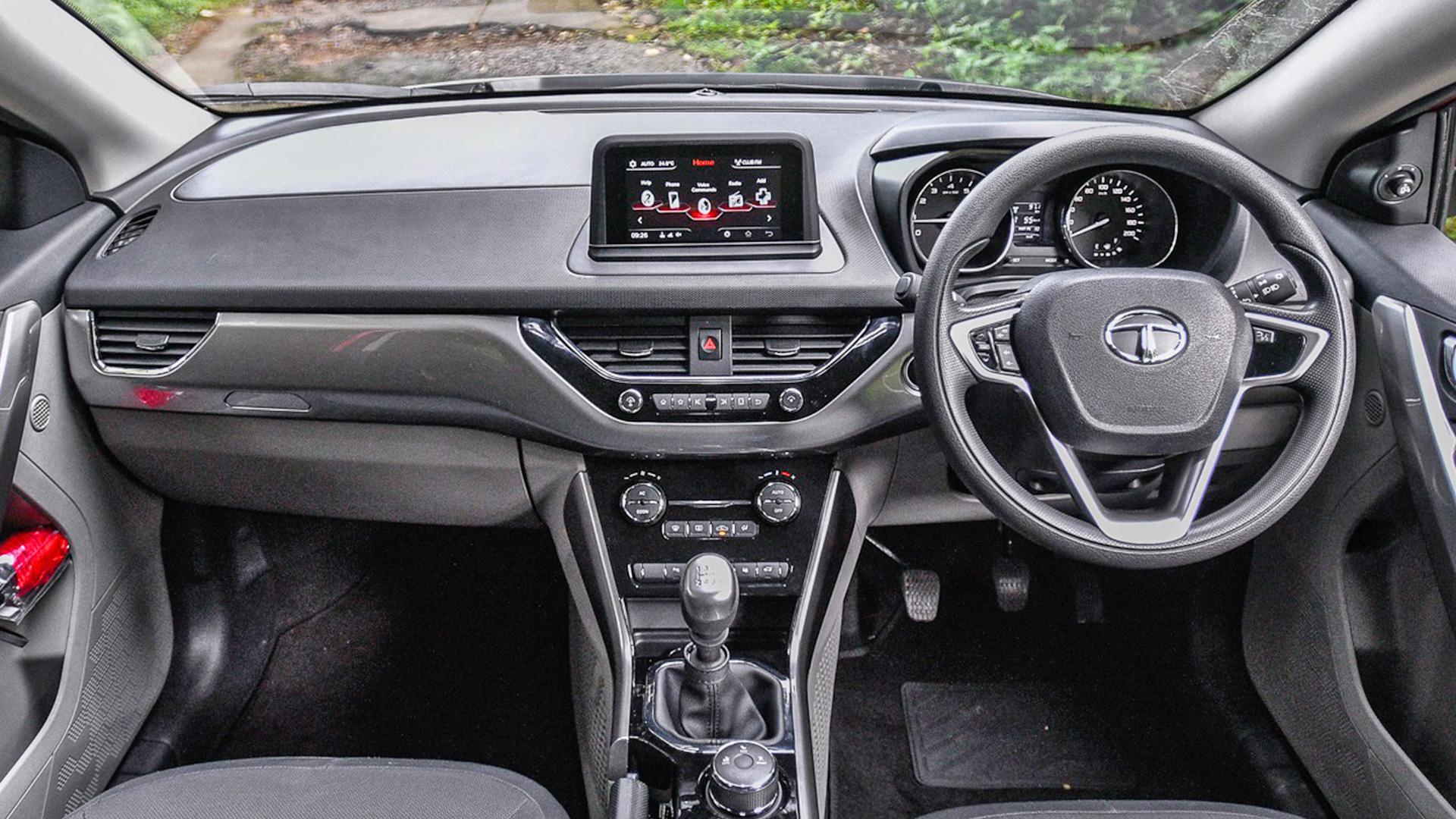 Tata Nexon 2017 Diesel Std Interior
