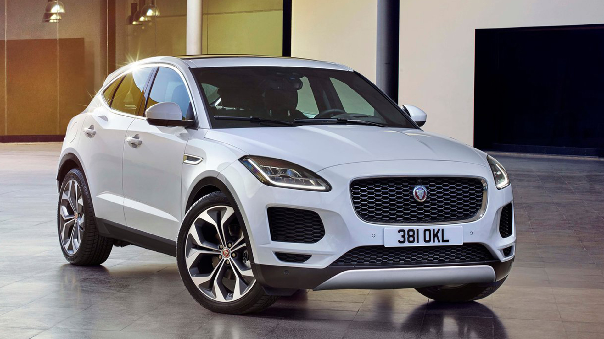 Jaguar E-Pace 2018 STD