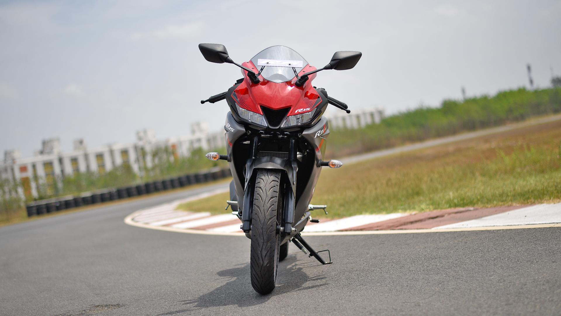 Yamaha YZF-R15 V3 2018 STD