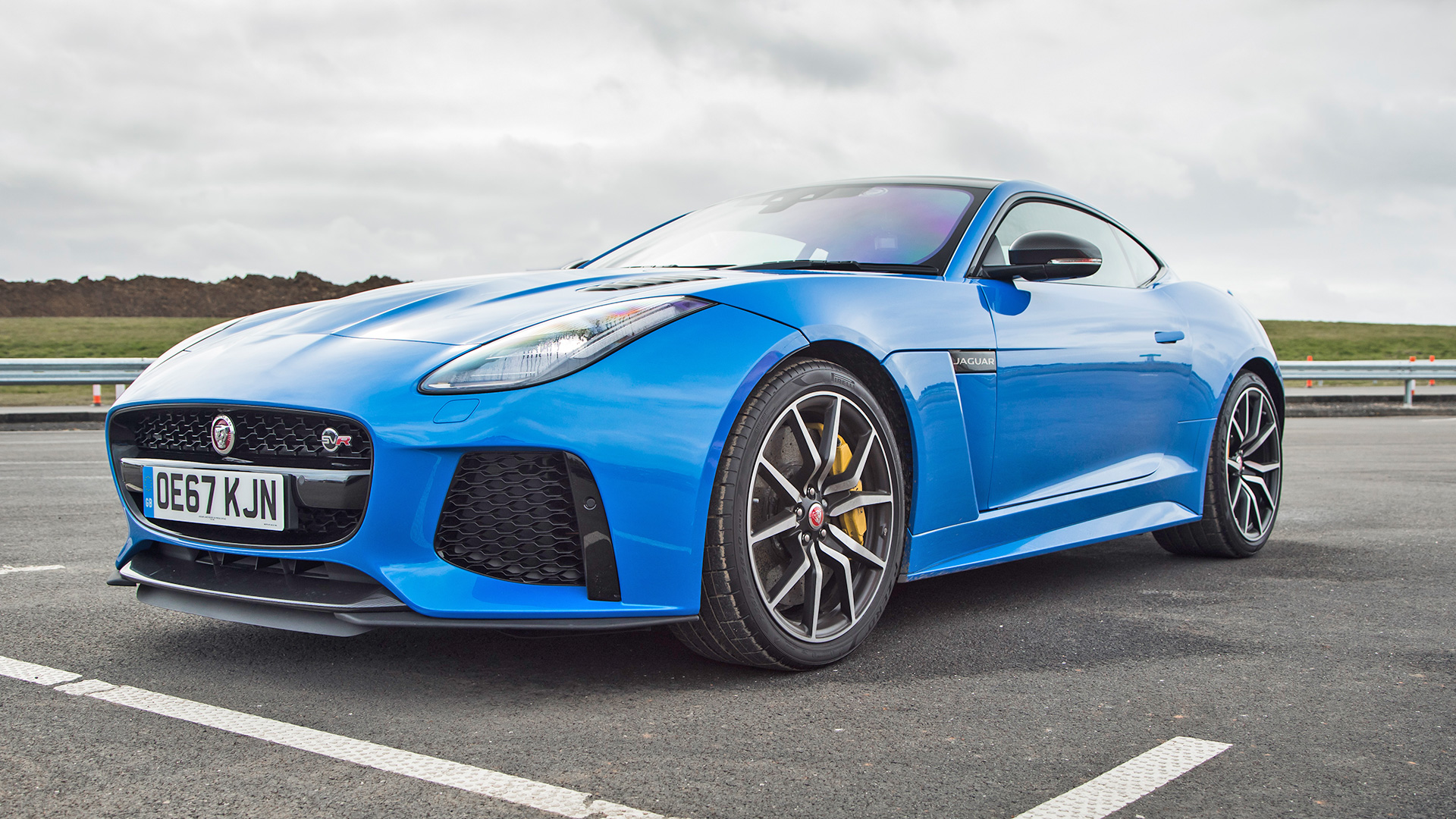 Jaguar F-Type 2018 SVR