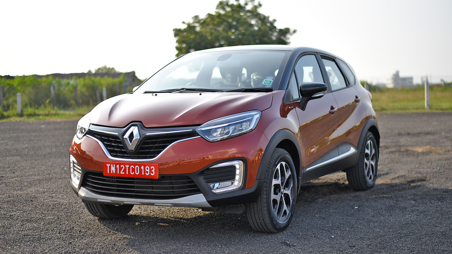 renault captur 2018 price mileage reviews specification gallery overdrive. Black Bedroom Furniture Sets. Home Design Ideas