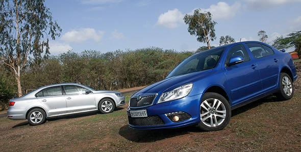 Comparo - 2012 Skoda Laura vRS vs Volkswagen Jetta TSI
