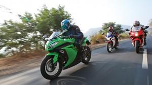 Kawasaki Ninja 300 vs Honda CBR250R vs Hyosung GT250R