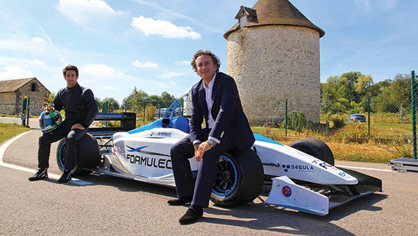 est driver Luca di Grassi (left) will pilot the car during road shows in the second half of 2013; Alejandro Agag (right) CEO of Formula E plans to bring the championship to India
