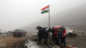 2013 OVERDRIVE Independence Quattro Drive: hoisting the national flag