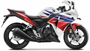 In EMIs: KTM 390 Duke vs Honda CBR250R ABS