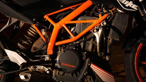 KTM-390-Duke-5