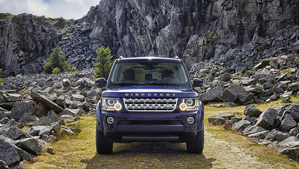 Land-Rover-DISCOVERY_2014_030913_LOC_1_HI
