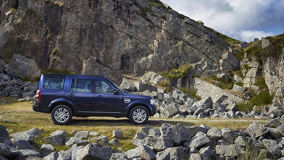 Land-Rover-DISCOVERY_2014_030913_LOC_2_HI