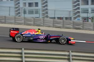 Vettel leads first free practice of the Indian GP 2013