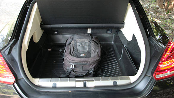445 litres boot offers plenty of luggage space