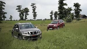 2013 Mahindra XUV500 vs Nissan Terrano in India