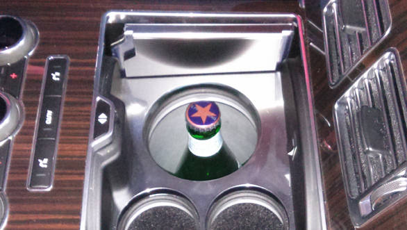 Chill box keeps the champagne cold